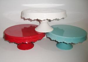 China Stoneware Solid Color Glazed Wedding Cake Stand , Dolomite Birthday Cake Plate on sale