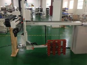 China Yaskawa AC Servo Motor Linear Guide Traverse Robot For Pet Preform Taking Out on sale