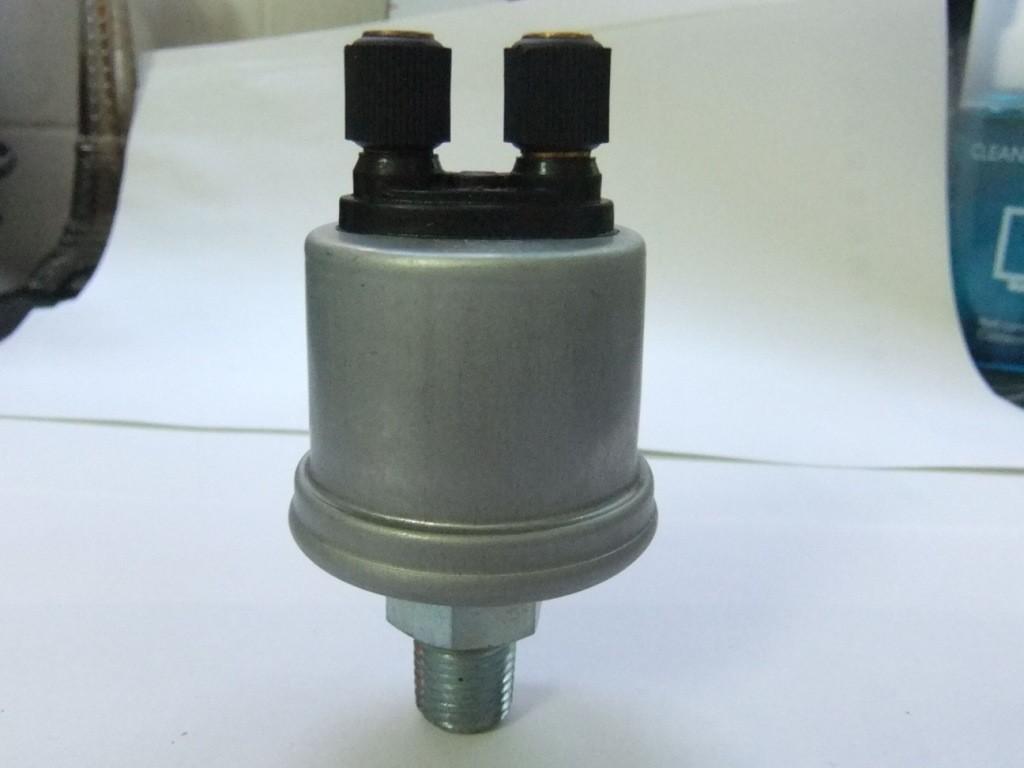 VDO Oil Pressure Gauge Sensor 360-081-032-008C 10 Bar
