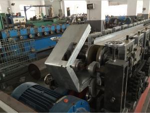 China Petit pain en acier de bride de lame de régulateur coupe-feu de zinc utomatic de système de contrôle de PLC formant la machine on sale