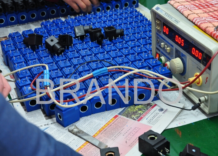 Thermosetting Plastic Steam Solenoid Valve Coils , Electric Solenoid