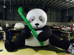 China Estatuillas inflables de la panda de los productos de la publicidad de la lona del PVC blancos y negros on sale