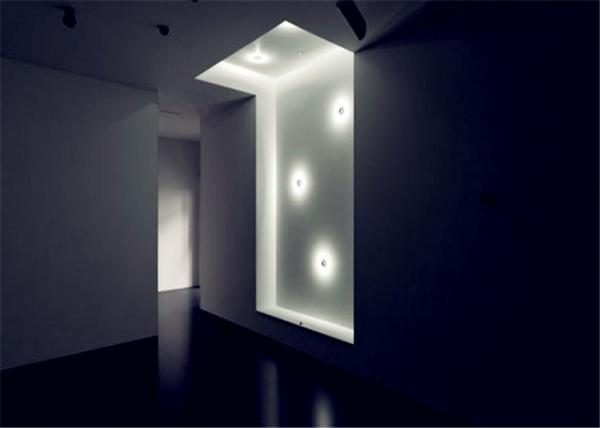 LED Corner Mount Linear Wall Wash Light Fixture 3000K 24 Watt