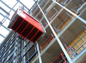 China Strong Flexibility Construction Site Elevator Anti - Corrosion Low Mechanical Wear on sale