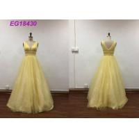 Bling Yellow Sleeveless Prom Ball Gowns For Ladies Beading Pattern Customized Size