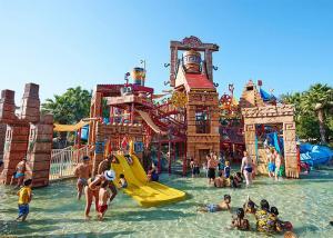 China Commercial Safe Aqua Park Equipment Fiberglass Playground Slide on sale