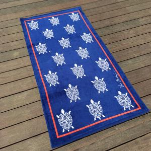 China Woven Luscious Sea Turtle Beach Towel Color Fastness For Dorm Life on sale