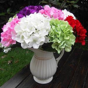 China UVG Factory Price Silk Flower Wedding Bouquet Wholesale Artificial Hydrangea Flowers on sale