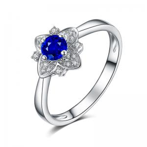 China Precious Gemstone Rings , Sapphire Flower Engagement Ring Natural Colombia on sale