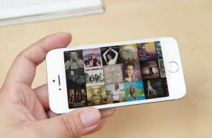 China 4 Iphone 5s Tyrant gold MTK6582 Quad core 3G IPS screen, 1GB rom 8GB Ram, gps, bluetooth on sale