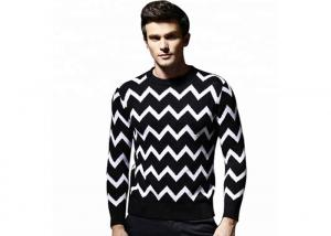 China Round Neck Jacquard Mens Knit Sweater European Design Stripe 428g Weight on sale