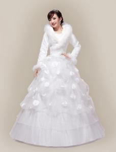 China Fashion Slim high neck princess Ball Gown Wedding dresses with Long Sleeve , White / Red on sale