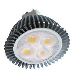 China Customized 6.8w 12v E27 led spot lamp IP44 Energy saving for business with low energy on sale