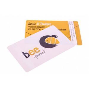 China Cartes polychromes de PVC de coutume avec l'impression blanche et jaune avec quatre coins ronds on sale