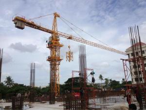 China QTZ125 ( 6015 ) Construction Tower Crane 60m Boom Length and Split Mast Section on sale