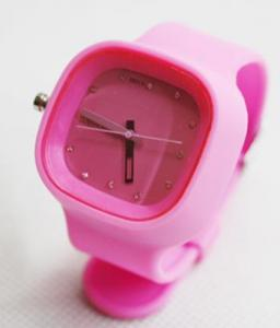 China water resistance colorful silicon jelly quartz sport watch on sale