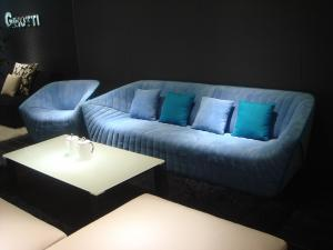 Quality Modern Hotel Lobby Sofas , Color Combination Fabric Sofa , blue fabric sofas for sale