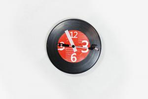 China Fashion CD Turntable Record Wall Clock With Metal + ABS on sale