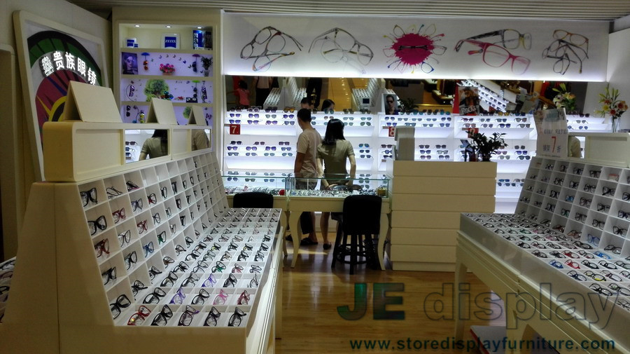 Keywords:http://www.storedisplayfurniture.com/supplier 107065 Eyeglass  Display Showcases