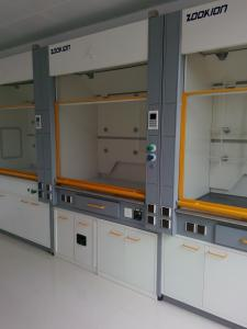 Quality Fume Hood in laboratory for sale