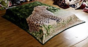 China Leopard Printed Micro Raschel Throw Blanket , Eco Friendly Lightweight Fleece Blanket on sale