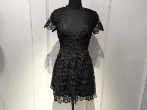 China Slim Fitting Women Black Lace Dresses , Deep V Neck Dresses Short Sleeve on sale