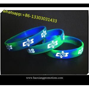 China Punho gravado feito-à-medida/bracelete do silicone em alguns cor e tamanho on sale