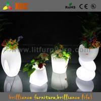 Waterproof Indoor / Outdoor LED planter flower pot RGB light Bright Color Garden Furniture