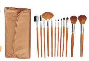 China Makeup brush set, Makeup brush, beauty tools goat hair with wooden handle on sale