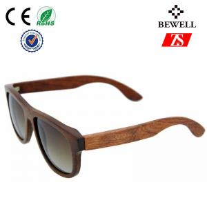 China Recyclable Wood Frame Sunglasses For Women , Natural Wooden Sun Glasses on sale