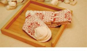 China Graceful christmas deer patterned design cotton winter long thick socks in high quality on sale