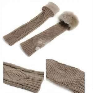 China Fashion Washable Cable Women Knitting Arm Warmers Winter Gloves With Rabbit Fur on sale