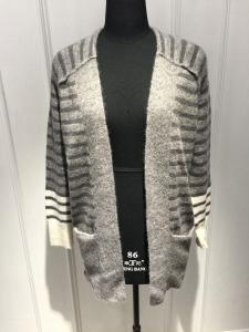 China Stripe Womens Cardigan Sweaters With Wool Nylon Alpaca Material 7 Big Gauge Size on sale