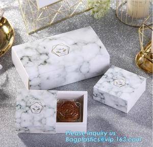 China Custom design gradient color luxury paper packaging gift box with lid,Paper Flower Box Florist Bouquet Box Packaging Ros on sale