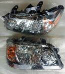 Left & Right Pair Car Headlight Sets for 04-06 Toyota Highlander 2005  8113048280 8117048280