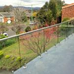 2018 balcony tempered glass railing with stainless steel spigot railing