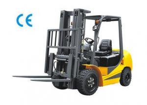 China Pneumatic Tyres Gasoline LPG Forklift 3 Ton 2350mm Turning Radius Comfortable Operation on sale