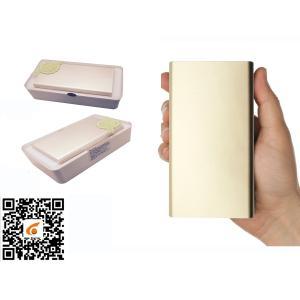China La mini banque de puissance de voiture de saut de véhicule portatif de démarreur téléphone le pullover de batterie de début rapide d'USB de chargeur on sale