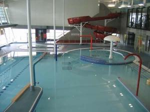 Indoor Swimming Pool Water Slide , Custom Small Spiral Water Slide ...