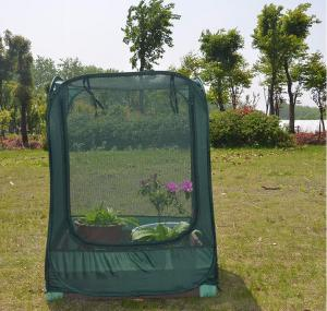 China Pop Up Garden Fruit Cages For Outdoor Hot Greenhouse , 100x100x125cm Customized 17 KGS Each in an oxford on sale