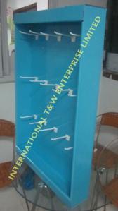 China Cardboard Power Wing Display Sidekick Display Wall Hanger with Hooks for SWIM GOGGLES on sale