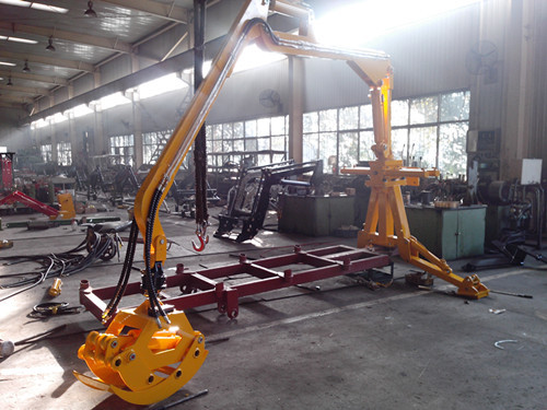 China ZM8006 forestry Log Trailers with crane Grapple, Forest Crane