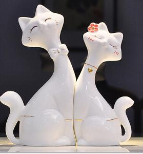 China Ceramic cat lovers creative home decoration gift giving white on sale
