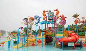 China Attractive Water Park Equipment Marine Theme Style Construction Play House on sale