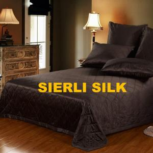 China silk bedspread , silk coverlet. comfortable silk coverlet , luxious pure silk bedspread on sale