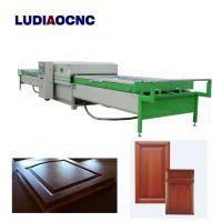 Automatic two tables PVC film wood veneer vacuum membrane laminating press machine for MDF door cabinet