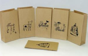 China Craft Paper Bag Customized Paper Bags For Take Away Fast Food / Bread / Shopping Bag on sale