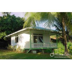 China One Bedroom Steel Beach Bungalow Small Prefab House Kits LIght Foundation For