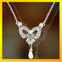 China Beautiful butterfly fashional jewelry 925 silver necklace with unique pendant on sale