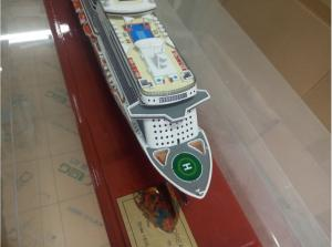 Genting Dream Cruise Ship Toy Cruise Ship Model Fashion Design - Toy cruise ships for sale